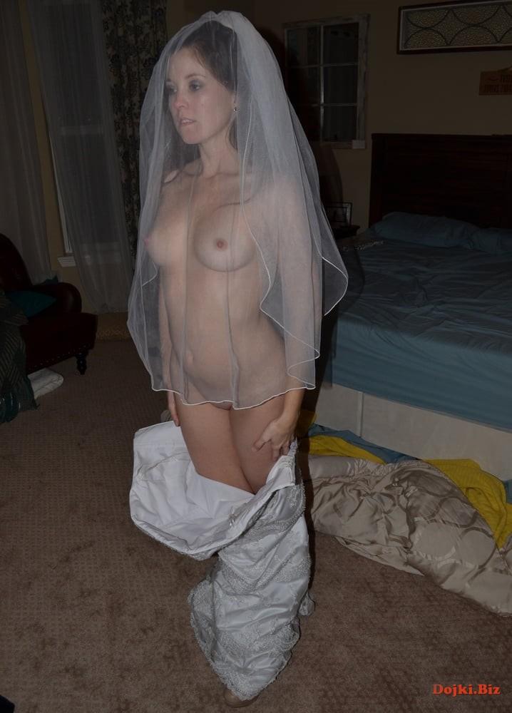 Голая невеста под фатой
