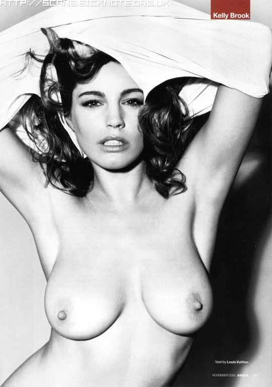 Kelly Brook 5