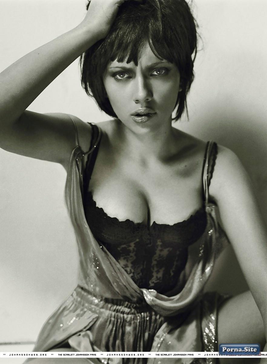 Scarlett Johansson 37