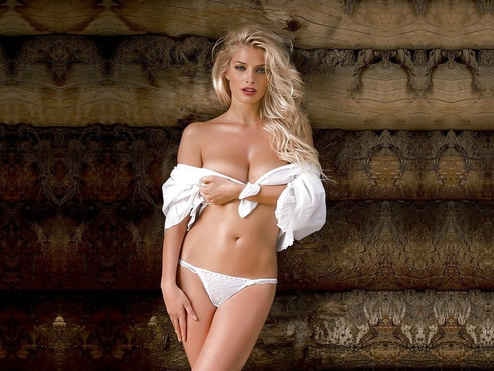 Таня Котова в сексуальных трусиках