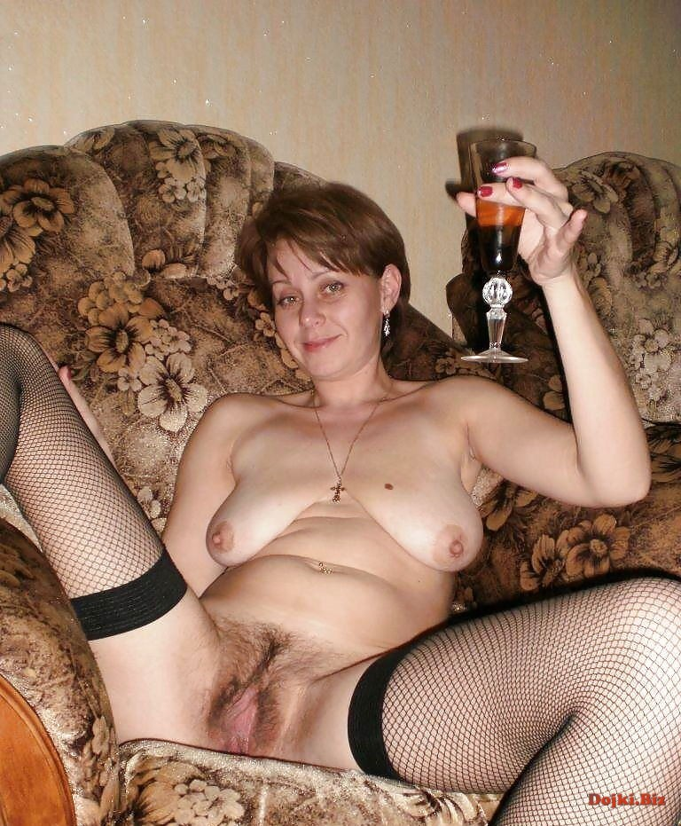 Випивает перед сексом