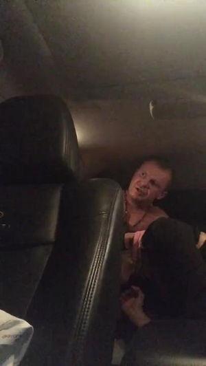 Елену Беркову трахает в машине приватное видео