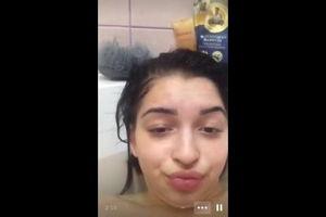 Интимный чат с азербайджанкой в ванной mp4
