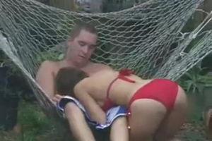 Пара трахается на даче а его друг снимает скрытно через окно