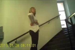 Проститутку вызвал и на скрытую камеру снял