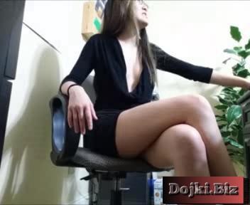 Восточной внешности секретарша удовлетворяет босса в офисе 3gp