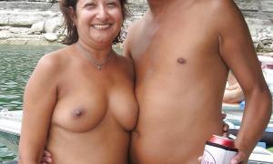 Зрелая парочка нудистов индусов фото