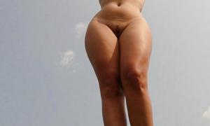 Симпатичная жена блондинка из Иркутска 11 фото