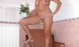 Симпатичная жена блондинка из Иркутска 13 фото