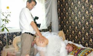 Фотограф на свадьбе вдул раком невесту