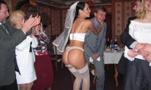 Невеста на свадьбе разделась до нижнего белья