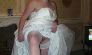Невеста в готеле в брачную ночь фото