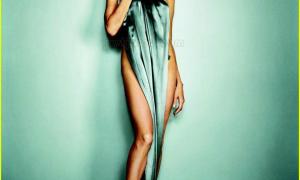 Angelina Jolie 18 фото