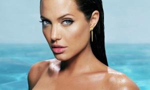 Angelina Jolie 20 фото