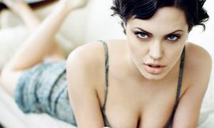 Angelina Jolie 56 фото