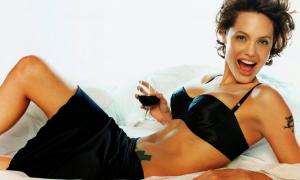 Angelina Jolie 62 фото