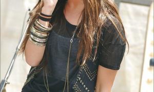 Ashley Tisdale 24 фото