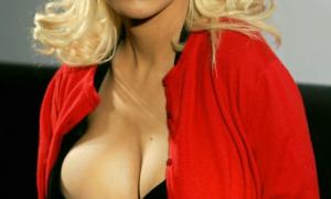 Christina Aguilera 110