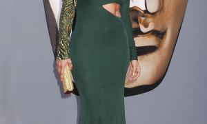 Jennifer Lopez 28