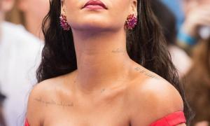 Rihanna 180 фото