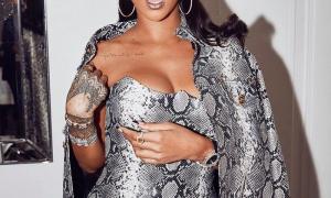 Rihanna 74 фото