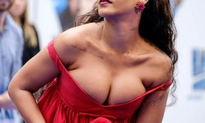 Rihanna 79 фото