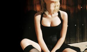 Scarlett Johansson 23