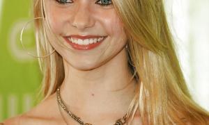 Taylor Momsen 9 фото