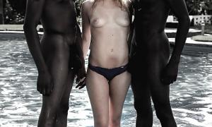 Белая в трусиках с голыми черными парнями