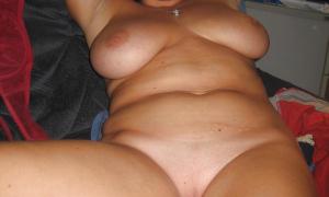Пухлая девушка красотка интимное фото 11 фото
