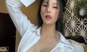 Sexy asian 40