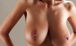 Большая грудь и худое тело фото