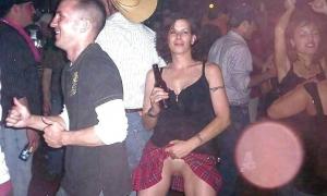 Твоя пьяная жена на дискотеке всем показывает свою пизду фото
